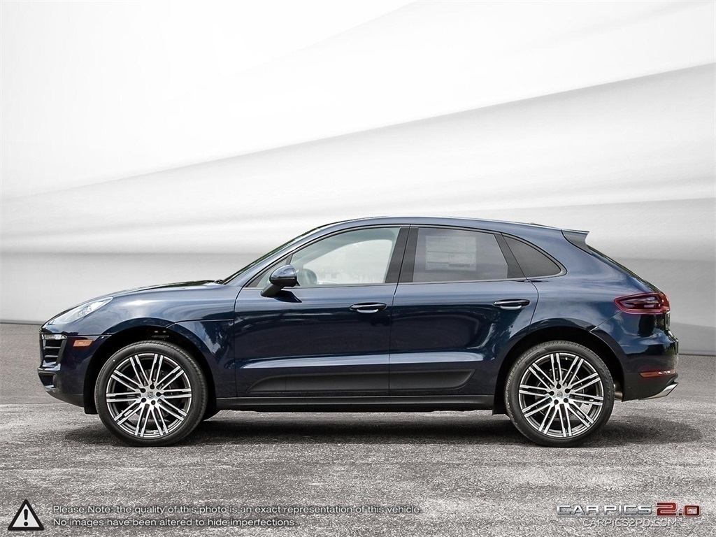 New 2018 Porsche Macan AWD DEMO