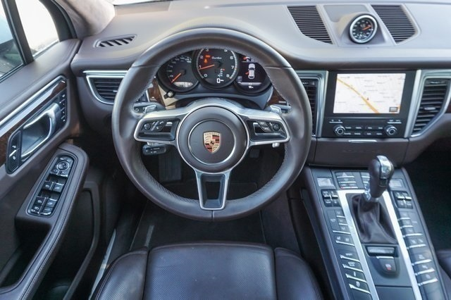 Certified Pre-Owned 2017 Porsche Macan Turbo